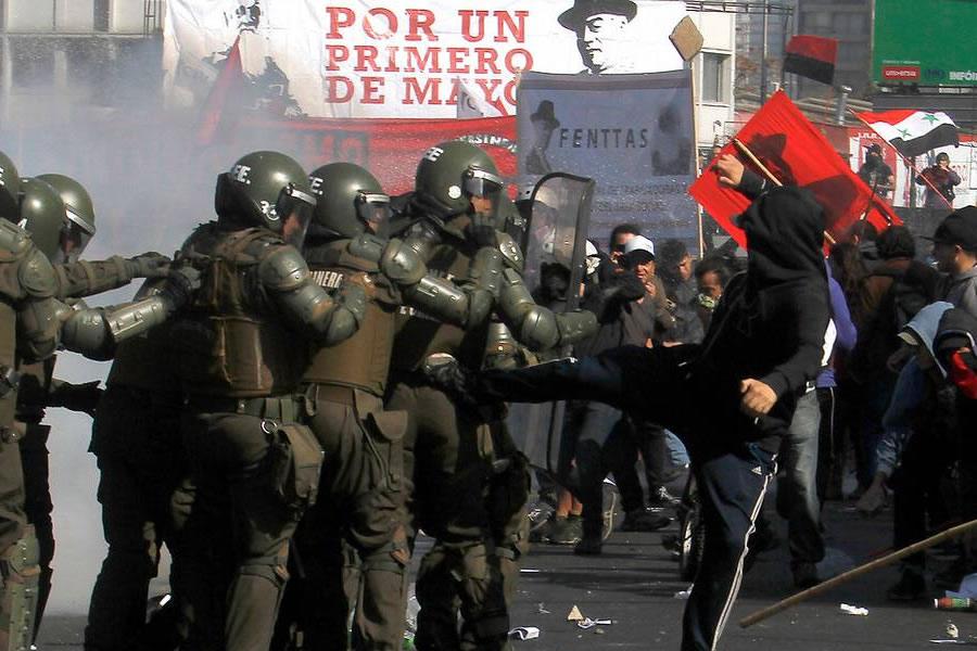 Resultado de imagen para VIOLENCIA EN CHILE
