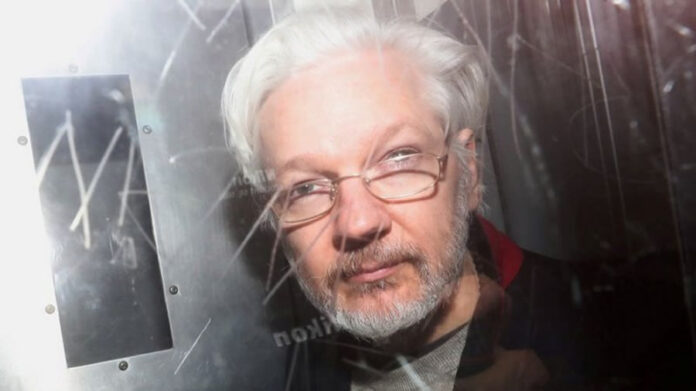 tribunal británico rechazó extradición de Assange