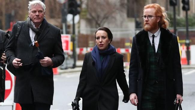 Tribunal británico recjhazó extradición de Julian Assange