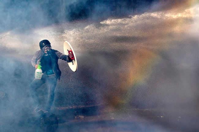 Escalada Represiva: La Democracia en Agonía
