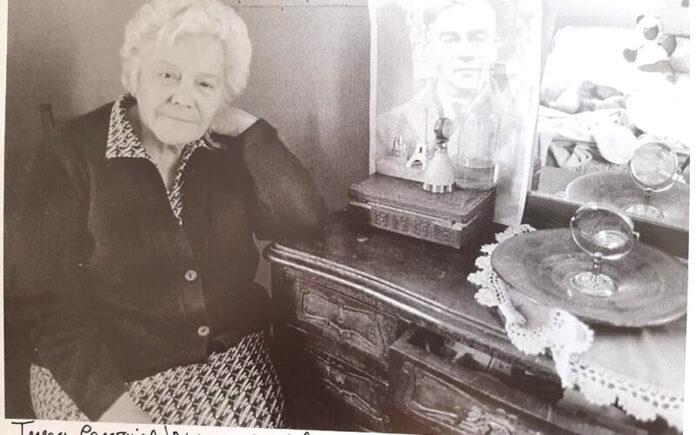 En Memoria de Teresa Carvajal: Una Foto y una Entrevista