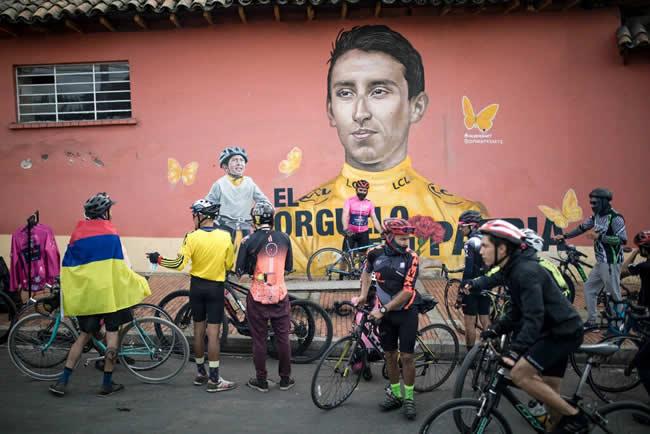 Egan Bernal, el gozo en una Colombia en duelo