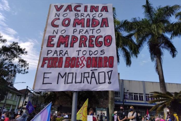 Bolsonaro Acorralado, Aislado y Furioso: ¿Sin Salida?